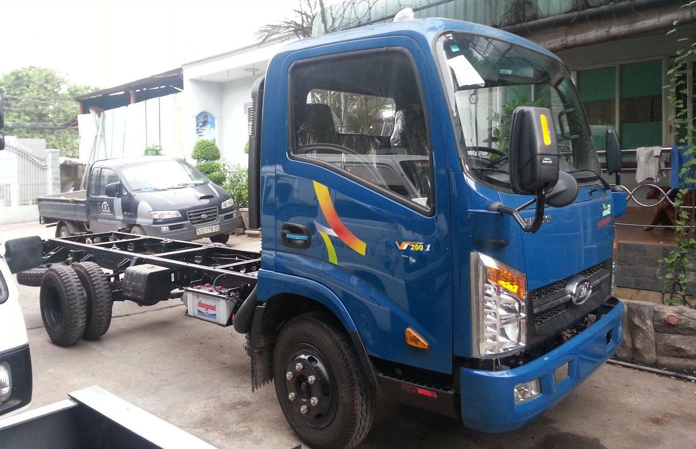 Đại lý bán xe tải veam 2 tấn Vt200-1 ở Tp hcm, động cơ hyundai được nhập khẩu giá tốt