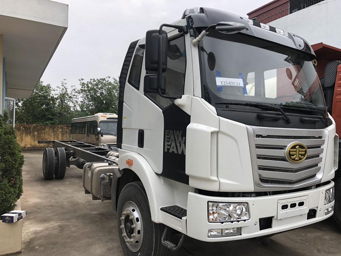xe tải faw 7 tấn thùng 9.7m