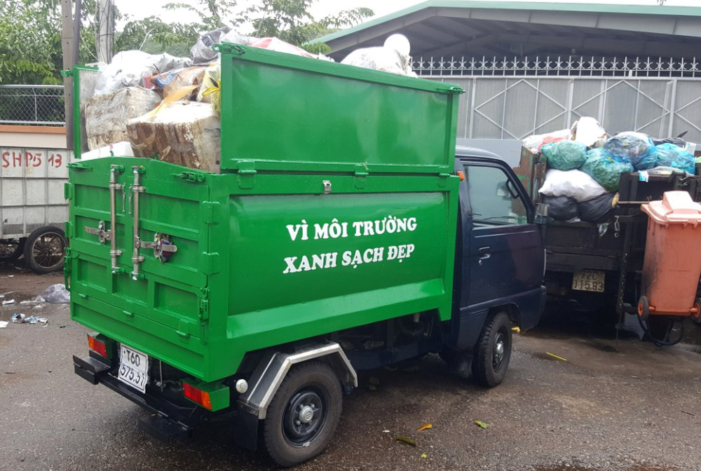 xe suziki chở rác 1.7m3